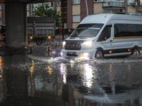 Ankara'da Gök Gürültülü Sağanak Etkili Oldu