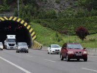 Anadolu Otoyolu'nda Araç Yoğunluğu Arttı