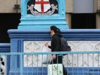 İngiltere'de Kovid-19'dan Ölenlerin Sayısı 40 Bin Sınırına Ulaştı