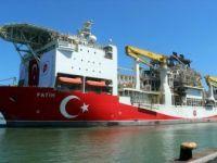 Yerli Sondaj Gemisi 'Fatih' Trabzon Limanı'na Demir Attı