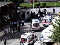 Gaziantep'te bomba yüklü araç patlatıldı: 2 polis şehit, 23 yaralı