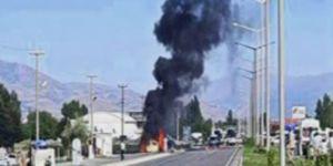 Erzincan'da yol uygulaması yapan polis ekiplerine bombalı saldırı