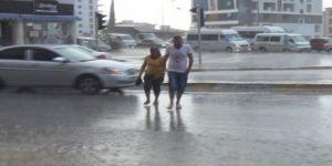 Yağmur Denizli'yi Hazırlıksız Yakaladı! 10 Dakika..