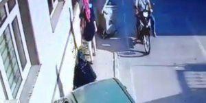 Sakarya'da Fren Yerine Gaza Basan Kadın Sürücü, 2 Kadını Ezdi!