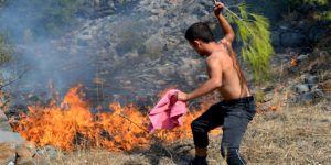 Mersin, Bozyazı'da çıkan orman yangını korkuttu