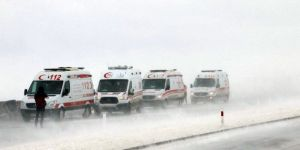 Sivas'ta 3 Yolcu Otobüsü Şarampole Devrildi! 25 Yaralı