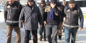 Elazığ'da 13 Polis Tutuklandı