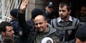 Ahmet Şık'a Terör gözaltısı