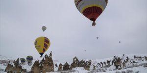 Kapadokya'da 250 bin Turistin balon keyfi