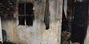 Manisa, Saruhanlı'da Ev Yangını: 1 Ölü
