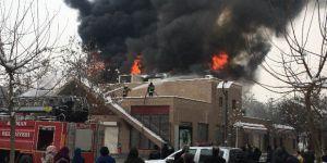 Batman'da Sinema Salonunda Korkutan Yangın