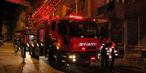 Elazığ'da Tahir Şaşmaz Caddesinde yangın