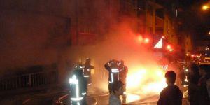 İstanbul, Sultanbeyli'de Suriyelilerin Kaldığı Evde Yangın: 3 Yaralı