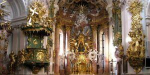 Almanya'da Hırsızlar Kiliselere Dadandı