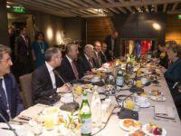 53. Uluslararası Münih Güvenlik Konferansı'nda Başbakan Yıldırım, Merkel'le Görüştü