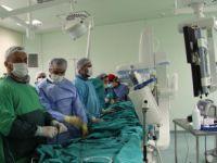 72 Yaşındaki Kadın Hastaya 15 Dakikada Ameliyatsız Kalp Deliği Tedavisi