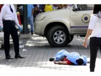 Venezuela'da Sokak Çocukları 2 Askeri Öldürdü