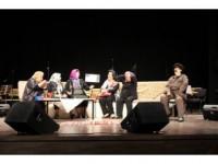 65 Yaşında Tiyatrocu Oldular