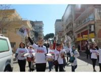 Ak Kadınlar 'Evet' Çağrısına İncirliova'da Devam Etti