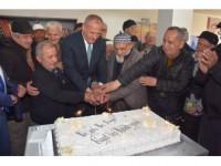 Başkan Keleş Yaşlılarla Pasta Kesti