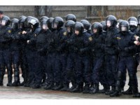 Beyaz Rusya'da Vergi Protestosuna Yüzlerce Tutuklama