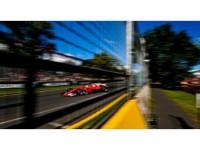 Ferrari 2017'ye Hızlı Başladı