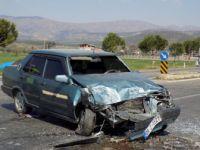 Karacasu'da Trafik Kazası; 4 Yaralı