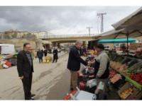 Başkan Memiş Pazar Esnafını Ziyaret Etti Ve Müjdeyi Verdi