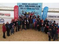 Atlı Dayanıklılık Geliştirme Kupası Nefes Kesti