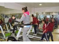 Şırnak'ta Gençler İçin Spor Salonu Açıldı