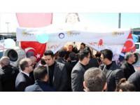Cumhurbaşkanı Erdoğan Halk Oylaması Stantlarını Ziyaret Etti