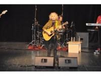 Yeni Türkü, Gebze'de Çocuklarla Unutulmaz Bir Konser Verdi