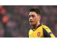 Mesut Özil'den Ayrılık Sinyali