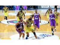 Fenerbahçe Lidere Konuk Oluyor