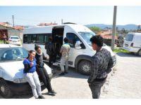 Çanakkale'de 48 Mülteci Yunanistan'a kaçarken Yakalandı