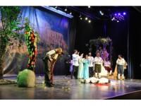 Beü Sahne Sanatları Bölümü İlk Gösterimini Yaptı