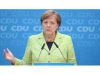 Almanya Başbakanı Merkel: Türkiye 3 Milyon Sığınmacı İçin Çok Şey Yaptı.