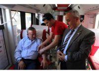 Ali Ağaoğlu'ndan Kan Bağışı Kampanyası