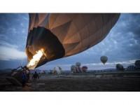 Kapadokya'da Sıcak Hava Balon Turları Yeniden Başladı