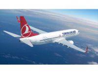 İstanbul'daki Dolu, THY Uçağının Camını Kırdı