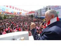 Başbakan Yıldırım: Niye Bu Anayasa Değişikliği Çok Konuşuluyor?