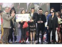 Moda Ve Sanat Dünyasını Buluşturan Yarışma