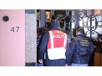 İstanbul'da Eş Zamanlı Fetö/pdy Operasyonu: 42 Gözaltı