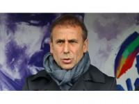 Medipol Başakşehir Teknik Direktörü Avcı: Üç Gol Yemek Alışık Olmadığımız Bir Şey