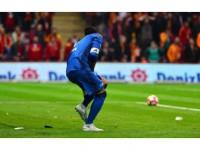 Galatasaray Tribünlerinden Volkan Demirel'e Tepki