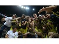 Fenerbahçe Kulübü Asbaşkanı Balaban: Bu Takıma Avrupa Şampiyonluğu Yakışır