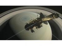 Cassini, Satürn İle Halkaları Arasına İlk Dalışını Yaptı