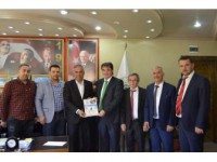 İstanbul Bilecikliler Yardımlaşma Ve Kalkındırma Derneği Başkanı Tepe'den Başkan Mustafa Yaman'a Ziyaret