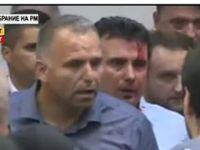 Makedonya'ya yakışmayan görüntü! Meclis'i basıp Zaev'i yaraladılar!
