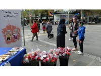 Avustralya'da 'Buyurun, Ben Müslümanım' Etkinliği Düzenlendi